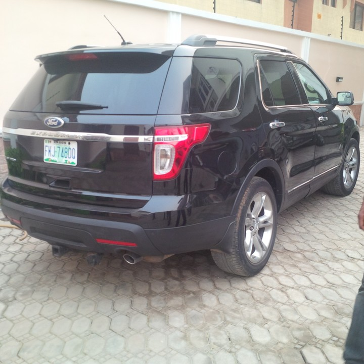 2012 ford explorer reg full option for sale very clean and fresh autos nigeria. Black Bedroom Furniture Sets. Home Design Ideas