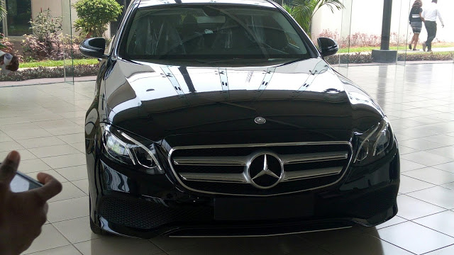Mercedes-Benz goes haywire, unleashes 4 new models on Nigeria (Pics inside) - Brand Spur