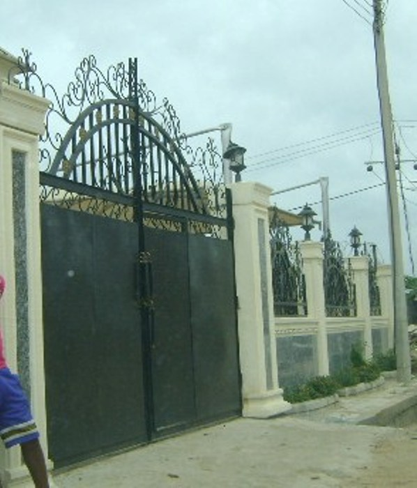 Fences And Gates In Pictures And Prices Properties 6