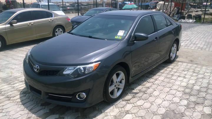 2012 toyota camry se 2 5l fwd for sale asking price see pictures autos nigeria. Black Bedroom Furniture Sets. Home Design Ideas