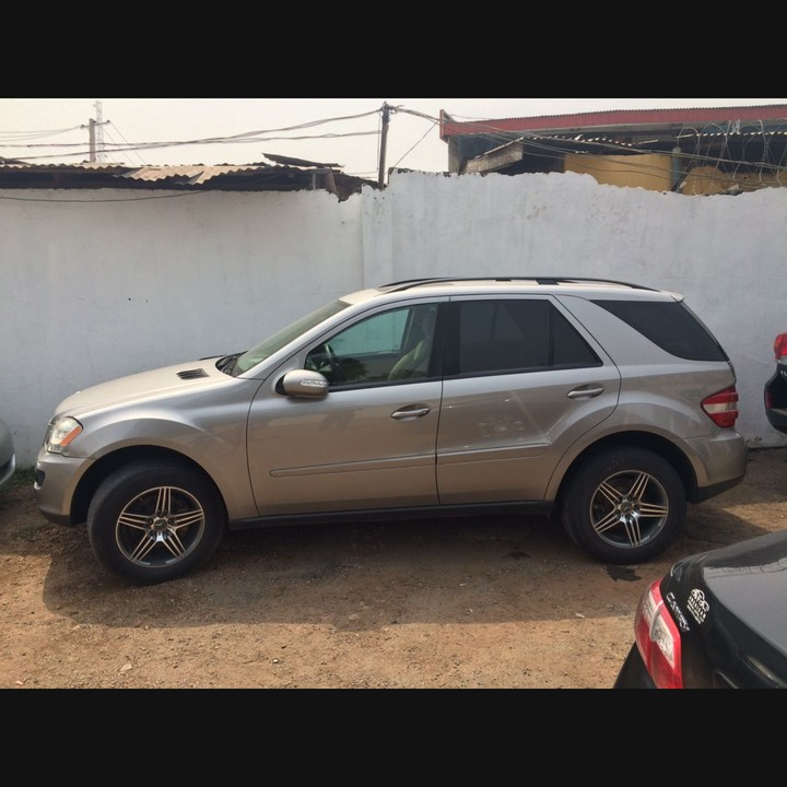 Clean tokunbo 2008 mercedes benz ml350 price for Mercedes benz 2008 price