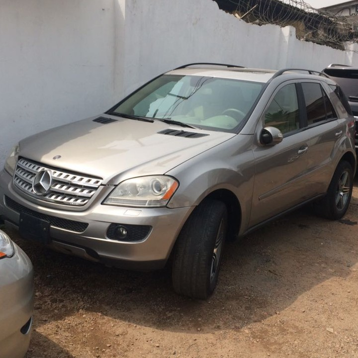 Clean tokunbo 2008 mercedes benz ml350 price for Price of mercedes benz ml350