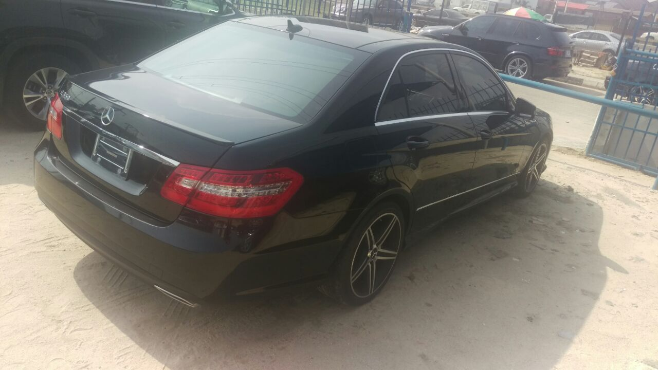Mercedes benz e350 2011 panoramic roof tokunbo price for Mercedes benz panoramic roof