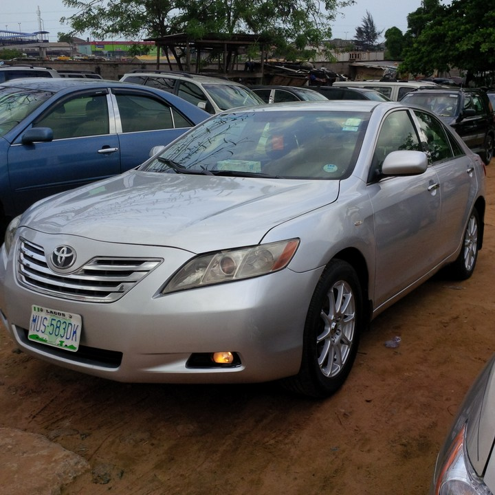 2009 toyota camry xle registered very clean and fresh autos nigeria. Black Bedroom Furniture Sets. Home Design Ideas
