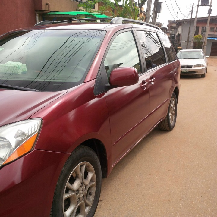 awoooof clean reg 2006 toyota sienna xle last. Black Bedroom Furniture Sets. Home Design Ideas