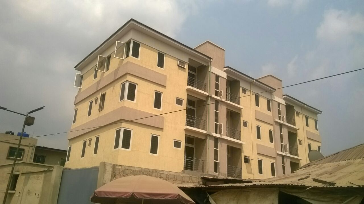 For sale 9 units of 2 bedroom flats with all roomms ensuite and tasteful finishing pedro behind gbagada phase 1 17m per unit