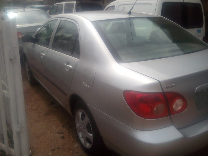 toks toyota corolla 2006 model for 2 500 000 negotiateable. Black Bedroom Furniture Sets. Home Design Ideas