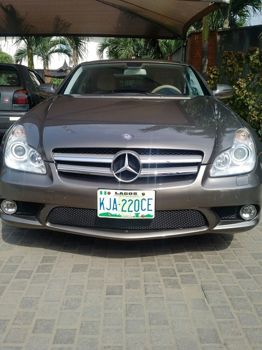over clean with no issue 2010 cls550 for sale autos nigeria. Black Bedroom Furniture Sets. Home Design Ideas
