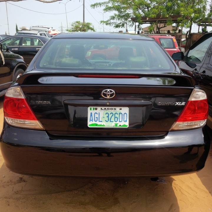 2005 toyota camry registered for sale super clean and fresh autos nigeria. Black Bedroom Furniture Sets. Home Design Ideas