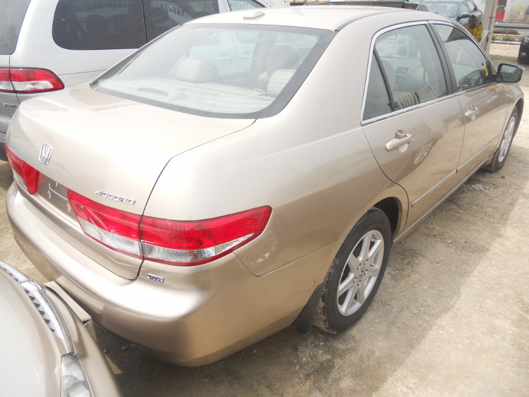 2004 honda accord ex v6 clean gold color n leather upholstery autos nigeria. Black Bedroom Furniture Sets. Home Design Ideas
