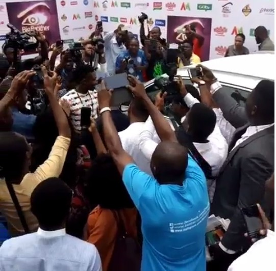 BBNaija: Efe Presented With His SUV In Lagos, Ex Housemates In Attendance (Pics)