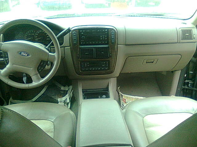 2003 Ford Explorer Limited Clean Leather Interior