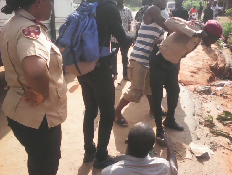 Road Safety Officials Flee As Angry Guys Descend On Them In Anambra (Photos)