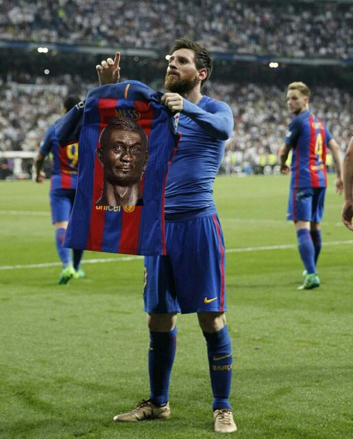 hot sales f0bad d785e Photoshop: See What They Did To Messi Holding His Jersey ...