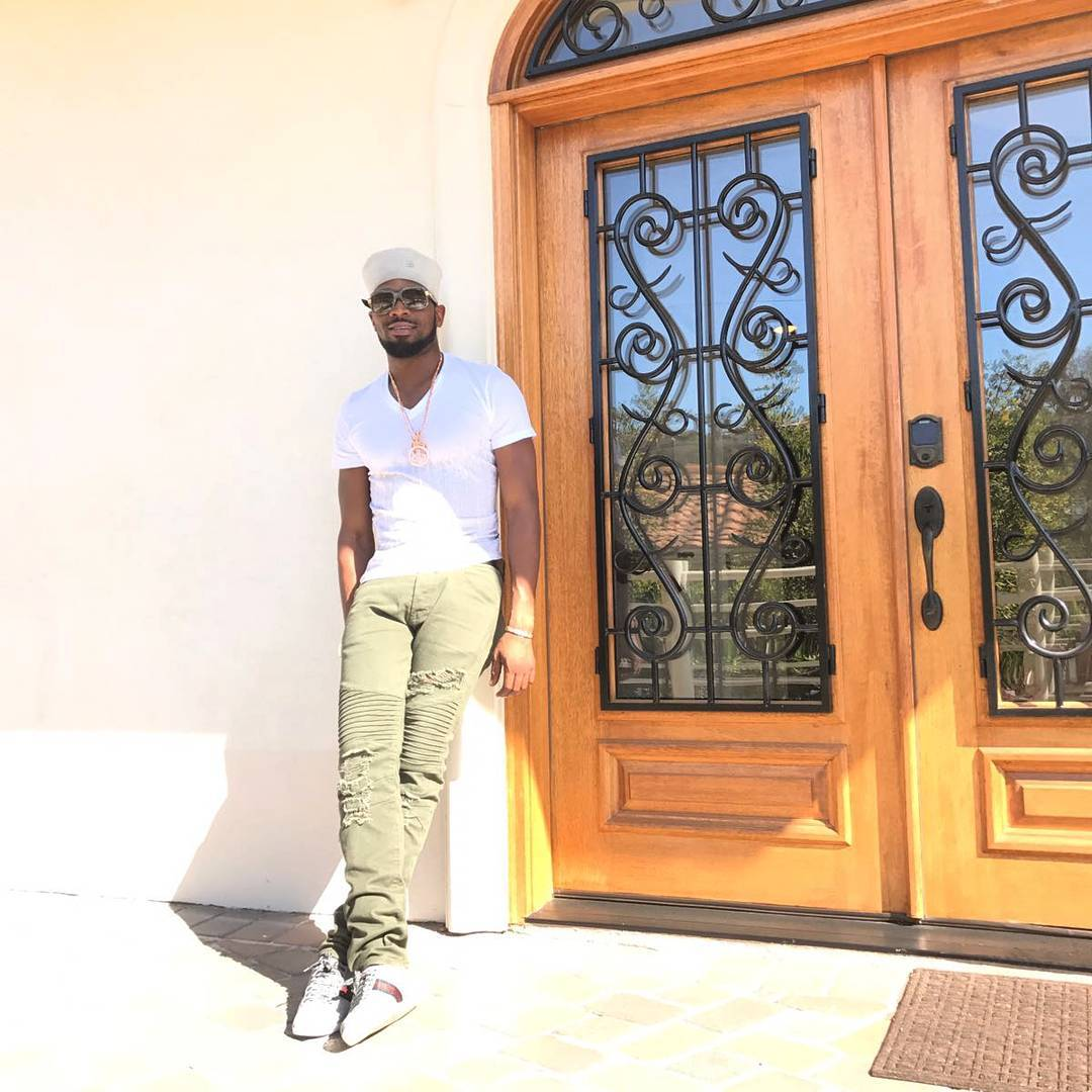 Fans Mistook D'banj's Outfit For That Of A Corper