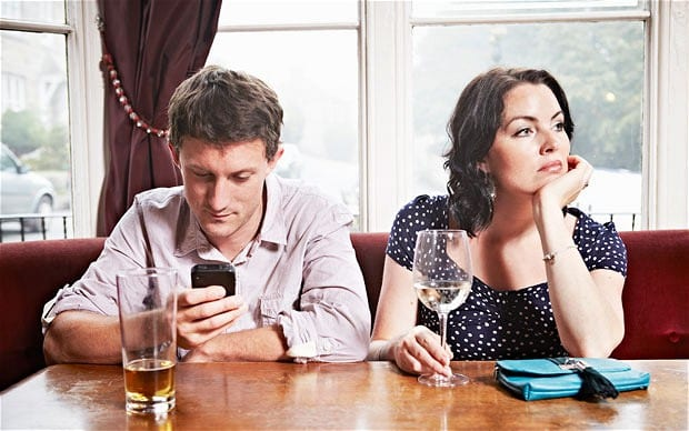 [A MUST READ] 5 Effective Ways To Break Your Phone Addiction