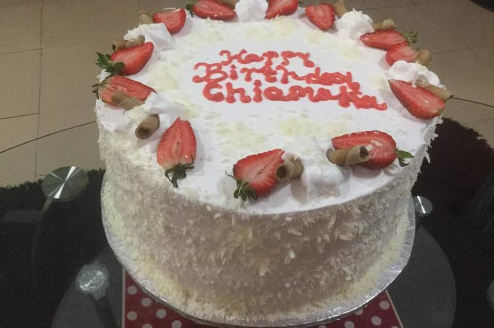 This Sizes Price Is Butter Icing Decorations And The Cake We Are Talking About Taste Real To Eat You Can Book Your Own Now