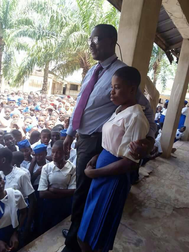 Ogun SS2 Student Finds Purse Filled With Cash On Her Way Home 5336095_jolo_jpg16bce9643acda038eae2b1d46bf4f0e4