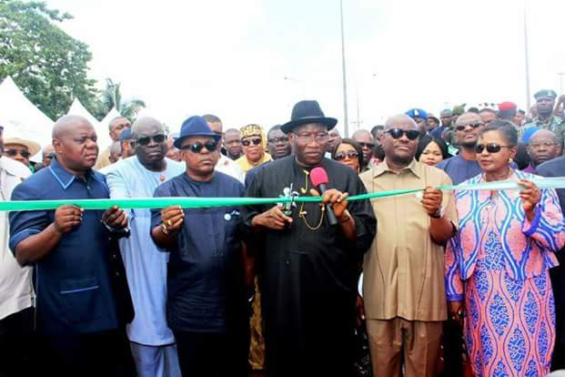 Goodluck Jonathan Hails Wike As He Commissions 2nd Nkpogu Bridge With Him (Pics)