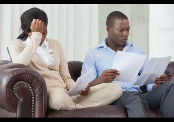 Ladies, 10 Ways To Keep Peaceful Relationships With Broke Guys