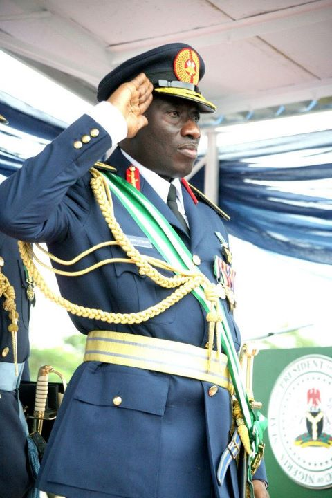 Pictures of Presentation Of Flag To The Airforce Command Parade By