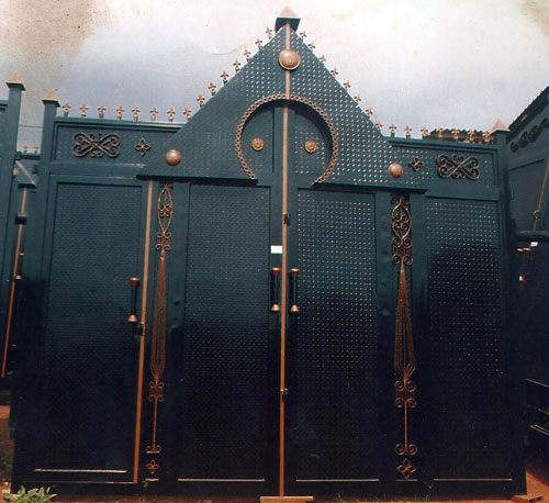 High Quality Gates And Other Steel Works Pictures