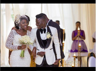 Wedding Pics Of Ghanaian Artiste, Stonebwoy & Dr. Louisa. Check Out Groom's Hairstyle