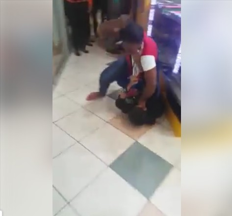 Woman Beats Man In A Fight At A Supermarket. Photos/video