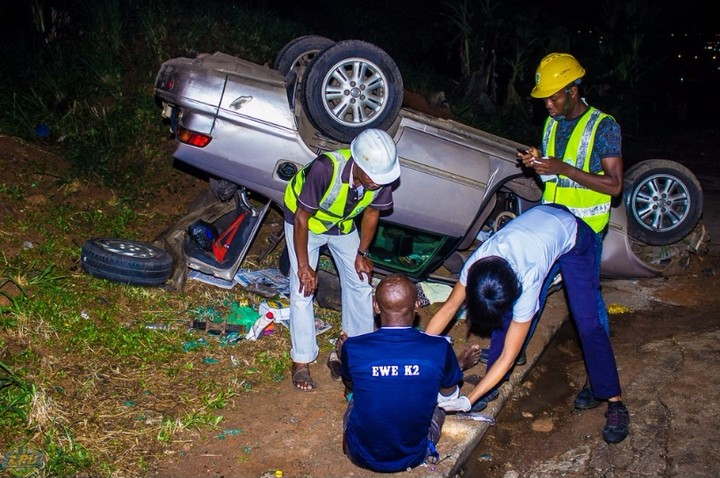 Car Somersaults At Otedola Brigde, Berger, Lagos