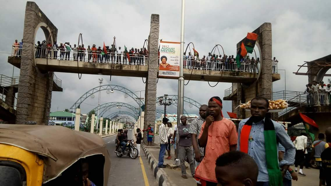 Nnamdi Kanu Visits Owerri As Commercial & Vehicular Activities Come To A Halt (Pictures)