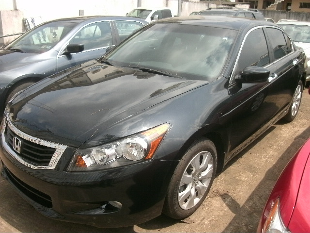 High Quality 2010 Honda Accord EX L (Black On Black)