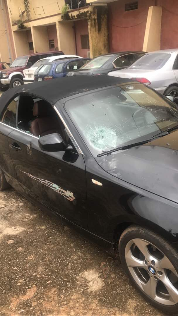 5818264 dhrgkpwxgaayic8 jpegc6b70220a36ab3f6a1ccc768fe84b9d7 - Resume Or Resign: Buhari Supporters Attack Charly Boy At Wuse Market, Destroy Cars (Video/Photos)
