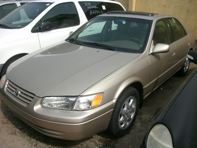 D Replacing Rear Wheel Bearings W W Picture likewise Gedc   Acd E Dfb Dd A E moreover Ff C B besides Hyundai Sonata X additionally . on 1999 honda accord fly