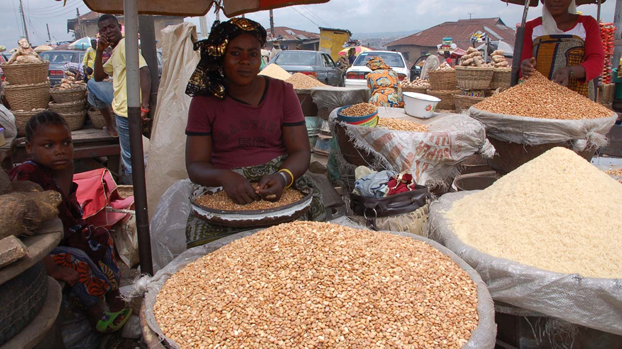Nigeria's Inflation Rate Drops For Seventh Consecutive Month, Says Nbs