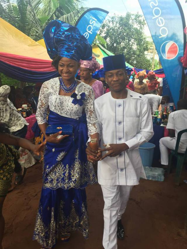 Traditional Wedding Photos Of The Very Young Abia Couple With Viral Pics