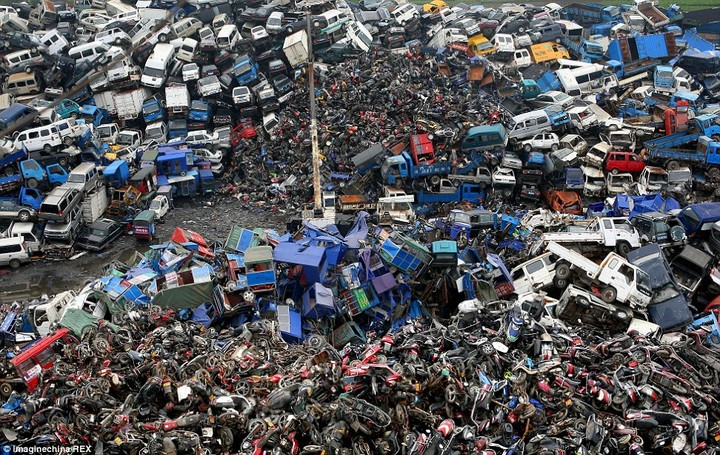 China Graveyard Where Thousands Of Cars, Bikes Are Scrapped To Cut Emission (Pics)