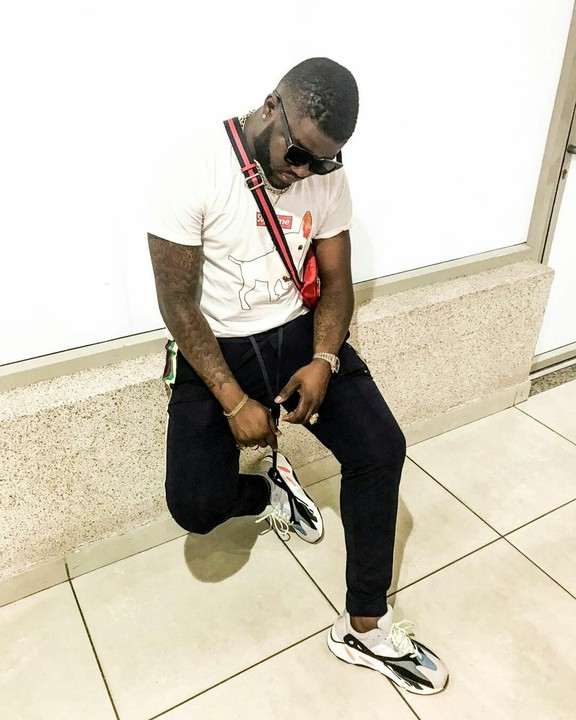 """Skales: """"Timaya Housed Me When Banky W Kicked Me Out Of EME"""""""