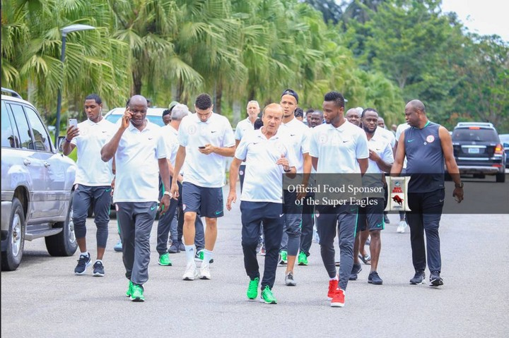 Super Eagles Stroll On The Streets Of Uyo Ahead Of Match (Photos)