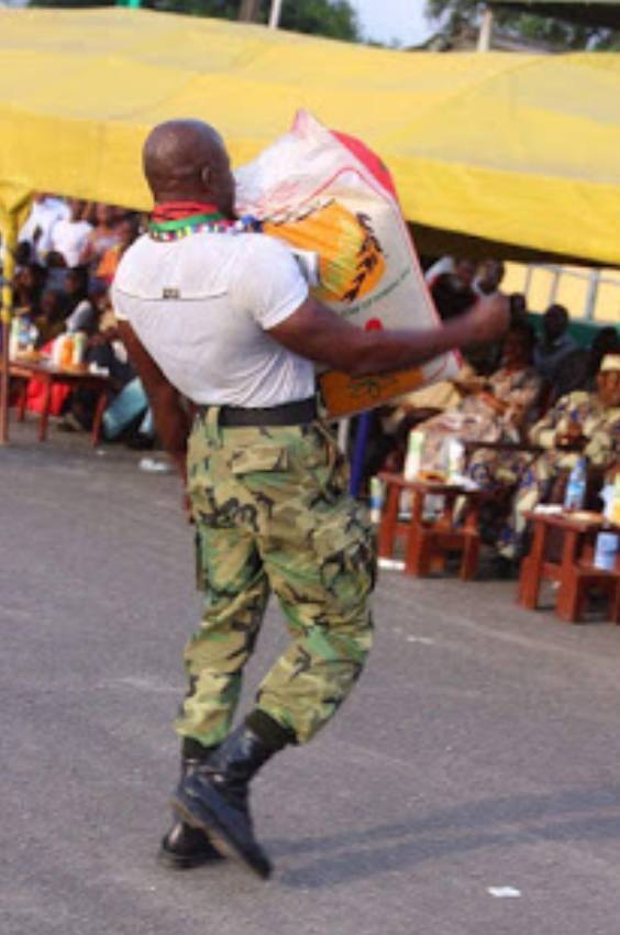 Nigeria's Strongest Soldier Uses Teeth To Drag A Hilux Van, Others (Photos)