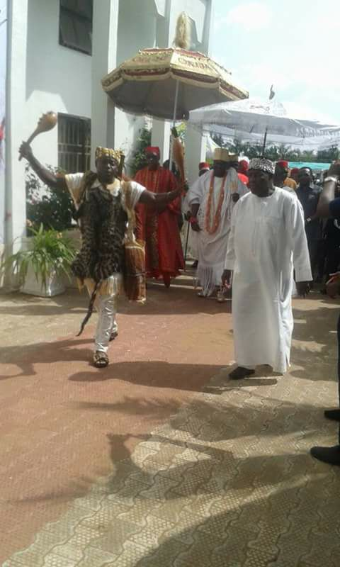 FLASH | Ooni of Ife arrives Onitsha (PHOTOS)