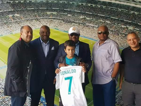 6115308 fbimg1508174229752 jpeg4fe262f68d6e89efcc2bb00dca34c3b6 - Gov Wike Meets With Cristiano Ronaldo In Spain (Photos)