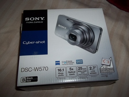 The 16 Megapixel Sony Cyber Shot DSC W570 Bdigital Camera Is Simple To Use With Reliable Auto Shooting And Decent Low Light Photos In A Very Small Body