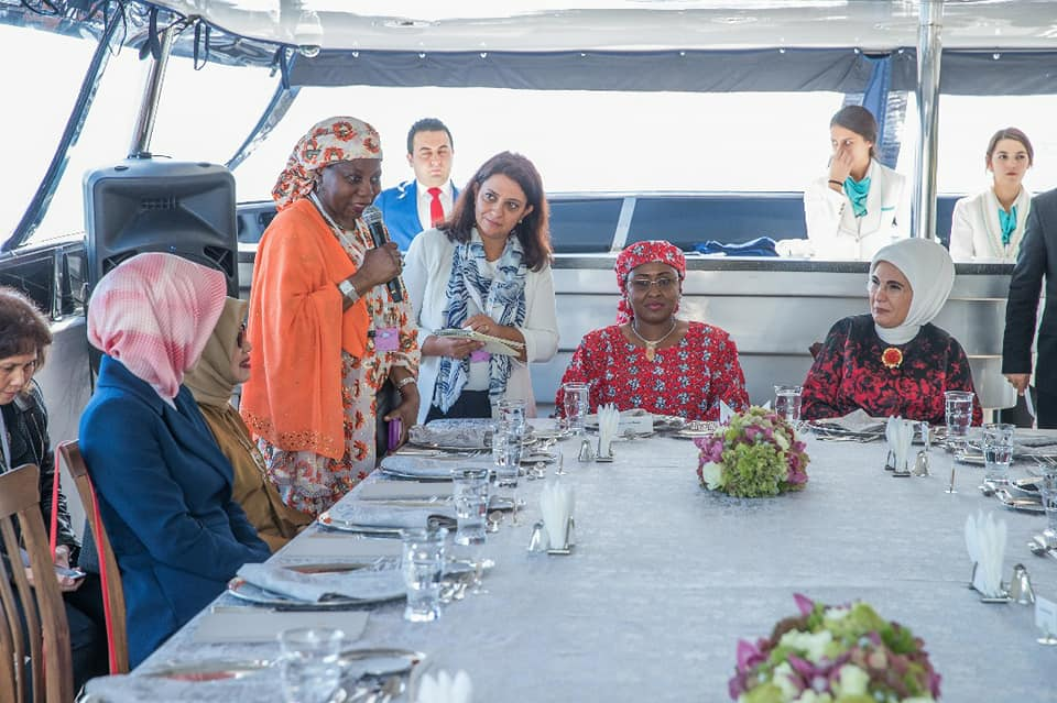 Aisha Buhari On A Yacht In Turkey With Wives Of Other Leaders (Photos)