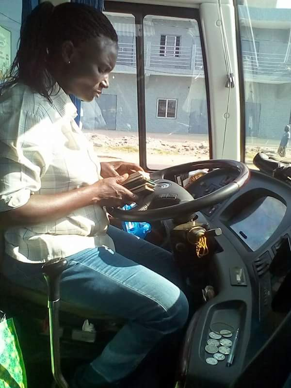 See Married Woman Who Drives GUO Luxurious Bus From Lagos To Ghana (Photos)