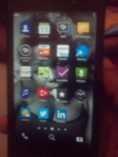 Clean Blackberry Z10 And Itel 1408 For Sale - Phone/Internet