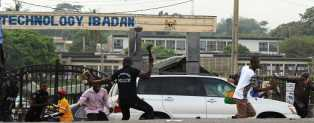 2 Staff Shot, 10 Injured, As Police Clash With Federal College Of Agric Ibadan (Pics)