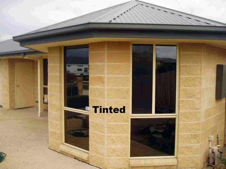 tinted glass window diy between tinted glass windows and reflective windows which one is better to install in whether bungalow or duplex block of flats tinted glass vs reflective windows properties nigeria