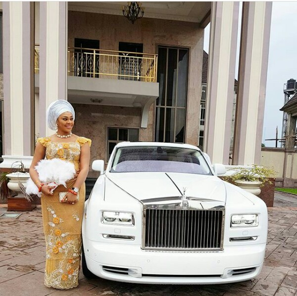 Couple Who Gave Out Cars At Their Wedding Make First Outing In A Rolls Royce (Pics)