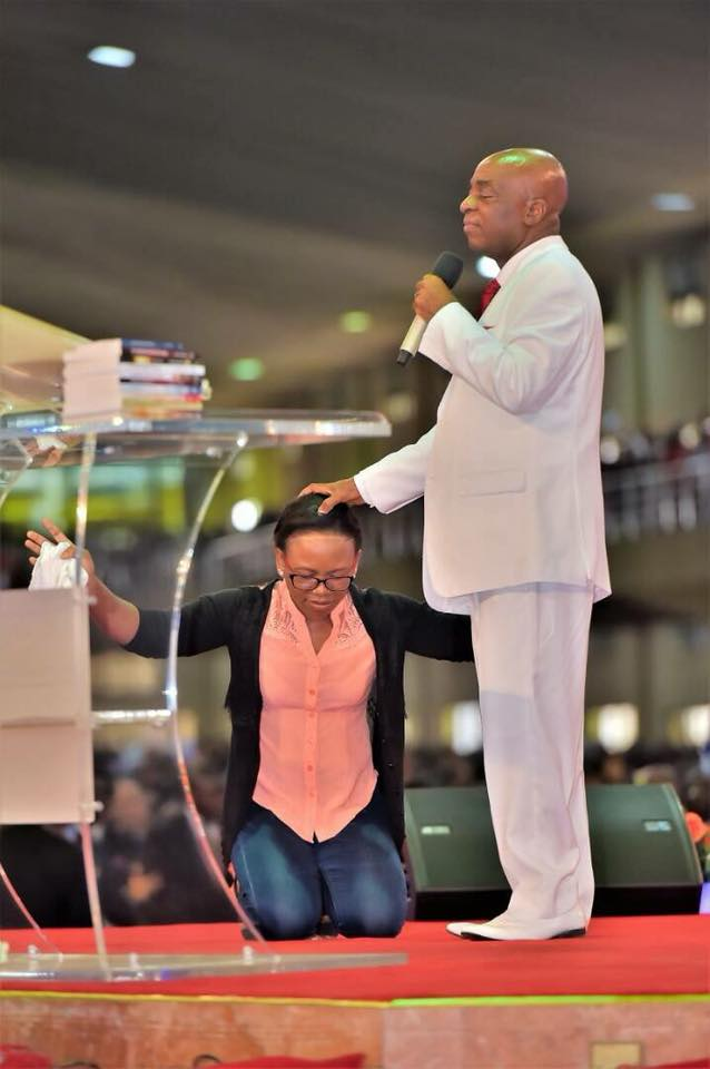 Bishop Oyedepo Asks Lady To Return To The Altar After Her Testimony At Shiloh