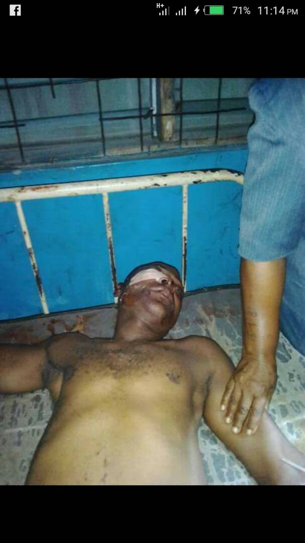 6396562 img20171211wa0004 jpeg2ceb769f6983de7e7a2ba17ebee94a63 - Man Beaten To Death By Police Officers In Oyo State (Photo)